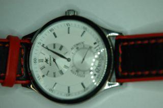 Armbanduhr,  Akzent,  Neuwertig,  Lederarmband 43mm Gehäuse Bild