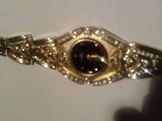 Laurine Damenarmbanduhr - Sehr Exklusiv - - Geschenkbox 18 K Vergoldet Bild