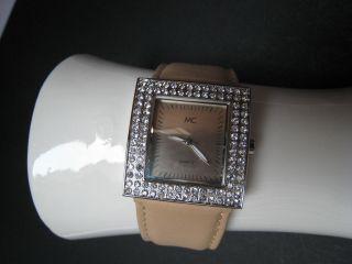 Hochwertiger Mc Uhr In Eleganter Optik Mit Lederarmband Silber Bild