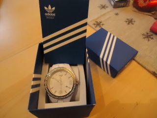 Adidas Armbanduhr Weiß Mit Steinchen. ,  Mit Verpackung Bild