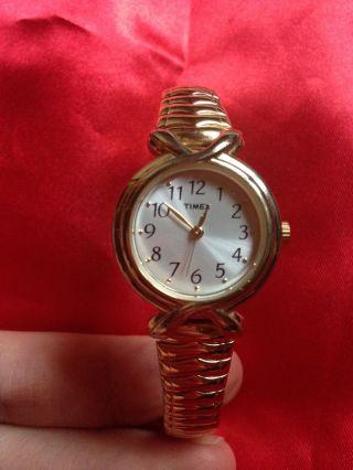 Timex Damen Armbanduhr Gold Neue Batterie Bild