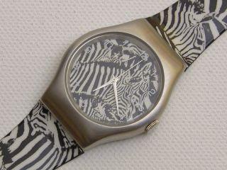 Künstleruhr Museumsuhr Zebra - Edelstahl - Laks Watch - Ungetragen - Limitiert Bild
