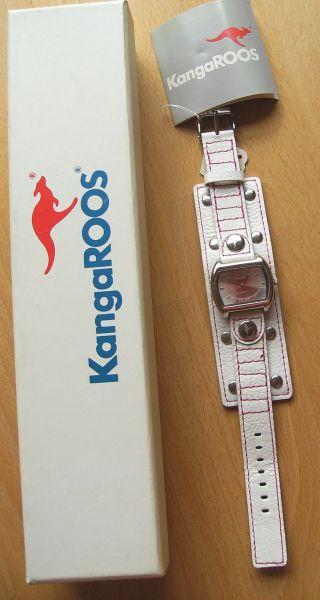 Kangaroos Quarz - Armbanduhr Mit Weißem Lederband Und Rot Gesteppt Nieten Bild