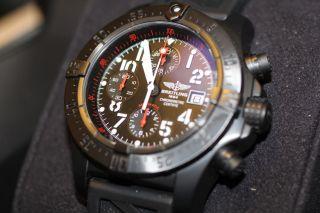 Breitling Avenger Skyland Blacksteel Herren Armbanduhr M13380 Automatik Bild