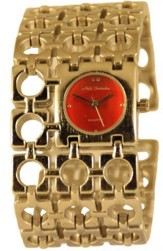Große Damenuhr Analog Mit LÖchrigen Armband Clipverschluss Bild