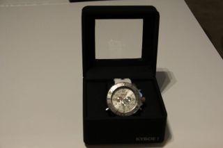Kyboe Uhr Weiss Bild