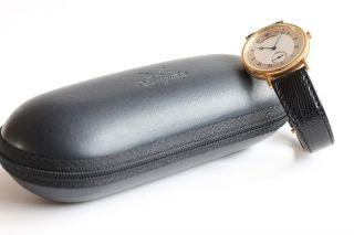 Breguet Classique 18ct Gelbgold Ref.  5907 Herren Armbanduhr Top Bild