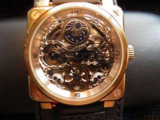 Skeletteuhr Armbanduhr - Hingucker - Bild