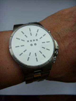 Storm London Uhr Watch Solar Mirror Stormuhr Neue Kollektion Led Anzeige Bild