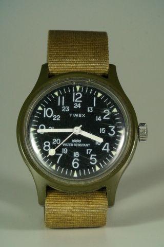 Timex Uhr Military Style Mit Armband Vintage Bild