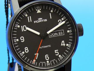Fortis Spacematic Pilot Professional Black 623.  18.  71.  N.  01 Bild