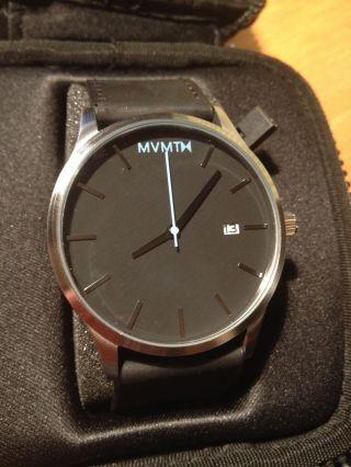 Neue Mvmt Uhr In Schwarz Silber / Mvmt Watch Black Silver Bild