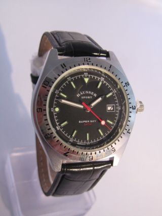 Häusser Sport Armbanduhr Schwarz Lederarmband Quarz Unisex Bild