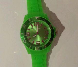 Tolle Oozoo Damen Mädchen Armbanduhr Silikon Neon Grün Bild