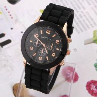 Modische Armbanduhr Hingucker Schwarz/gold Bild