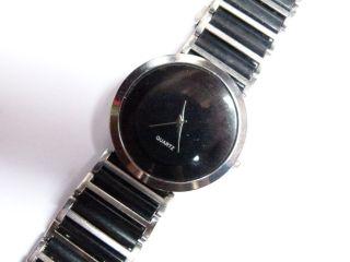 1x Quartz Herren Armbanduhr Herren Uhr Metall Kunststoff Neuwertig Von Privat Bild