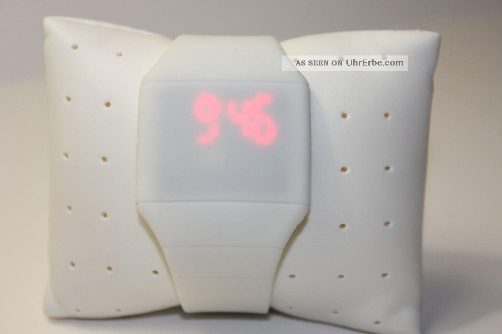 Weiß Digital Led Touch Screen Uhr Mit Silikonarmband Weiß Armbanduhren Bild