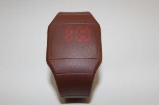 Braun Digital Led Touch Screen Uhr Mit Silikonarmband Farbe Braun Bild