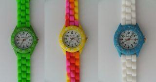 1 Armbanduhr Grün,  Gelb Orange Rot Rosa,  Weiß Blau Uhr Uhren Armbanduhren Bild