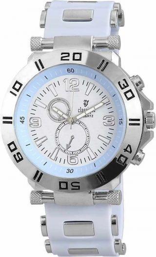 Classique Herrenuhr Mit Silikonband Schickes Design Im Chronolook Bild