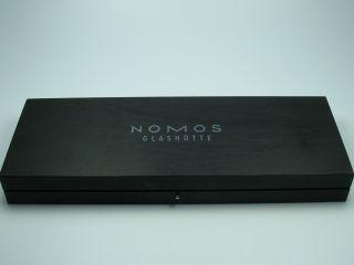 Nomos GlashÜtte : Top Uhrenbox Aus Holz Bild