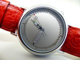 Taboo Taboo Krankenschwester Unisex Armbanduhr J.  C.  Mareschal (akteo) Bild