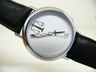 Taboo Taboo Justiz Unisex Armbanduhr J.  C.  Mareschal Paris (akteo) Bild