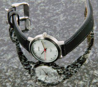 Kienzle Damenuhr Quartz Uhr Edelstahl Mit Lederarmband Datum V71092336340 Bild