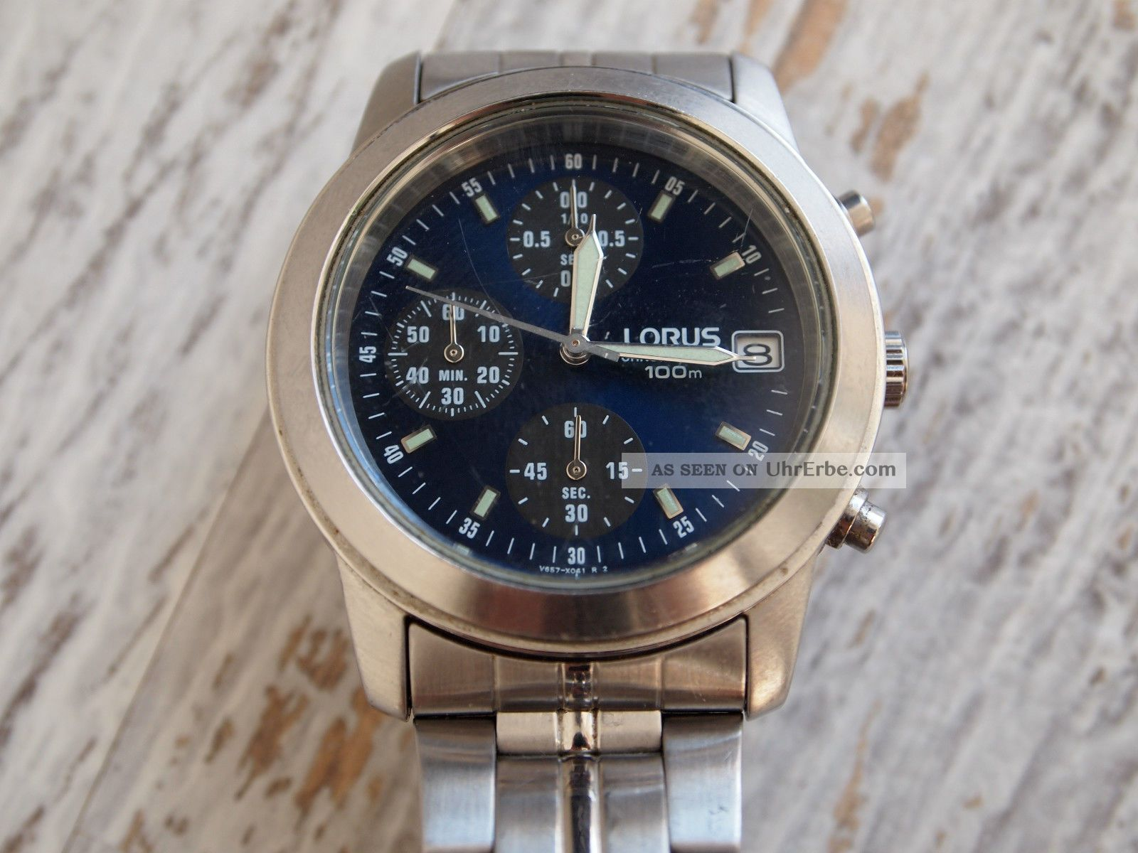 Lorus V657 - X052 Chronograph Armbanduhren Bild