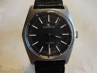 Armbanduhr Kienzle Handaufzug Schwarz.  Zifferblatt, Bild