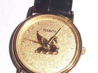 Schöne Armbanduhr Der Marke Tissot,  Läuft,  Batteriebetrieben Bild
