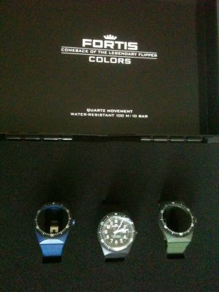 Fortis Colours Koffer,  Mit 3 Armbänder,  1x Fortis Quarzwerk Bild