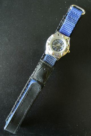 Kinder - Armbanduhr,  Luxor,  Klettverschluss,  Getragen Bild