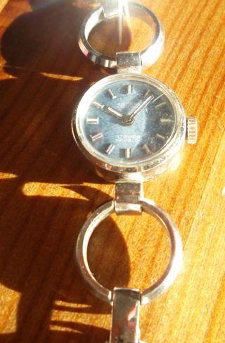 Mädchen - Armbanduhr - Silberfarbend. Bild