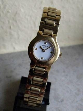 Klassisch Elegante Tissot Damenarmbanduhr Stahl Mit Stahlband Vergoldet Bild