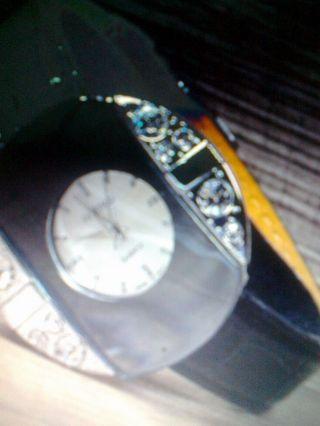 Damen Armbanduhr Silber Verspiegelt Mit Großen Strasssteinen Bild