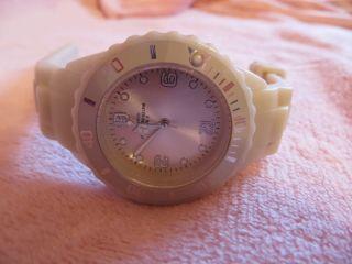Armbanduhr Damenuhr Quartz Wasserresistent,  5 Bar Waterresistent,  Ungetragen Bild