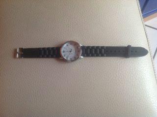Mädchen Uhr In Schwarz Von Quartz Bild