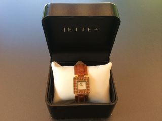 Jette Joop Armbanduhr Goldfarbiges Gehäuse Mit Braunem Lederarmband Wie Bild