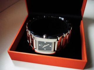 Tissot 1853 - Tatic T - 2 Damen Uhr Eigentlich Ein Breites Armband Mit Einer Uhr Bild