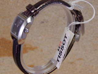 Tissot T02.  1.  215.  61 Quarz Damen - Armbanduhr W124 Bild