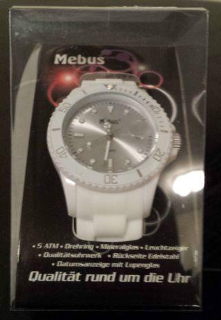 Mebus Silkon Armbanduhr Im Strahlenden Weiß Zifferblatt Silber Stylischer Look Bild