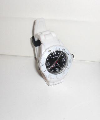 Sanda - Armbanduhr Silikon Armband Weiß Ziffernblatt Schwarz Bild