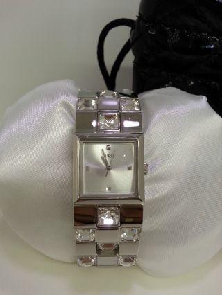 Guess Damenuhr W11177l1 Mit Schutzfolie Auf Glas Bild