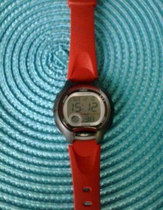 Kinder Armband Uhr Casio Illuminator Lw - 200 Water Resistant. Bild