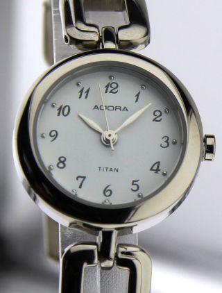 Armbanduhr Adora - Mineralglas - Mit Gliederband - Titan Bild