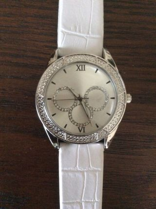 Damen Armbanduhr - - Lbvyr 27365 - Sehr Edel Anzuschauen Bild