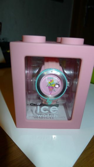 Ice Watch Lm.  Ss.  Opi.  S.  S.  11 Rosa Small Lmif Love Me I ' M Famous Bild
