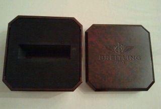 Breitling Uhrenbox Bakelit Bild
