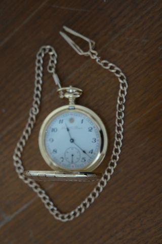 Taschenuhr Raoul U.  Braun Rub T06 - 015,  Handaufzug,  Vergoldet,  Mit Schutzfolie Bild